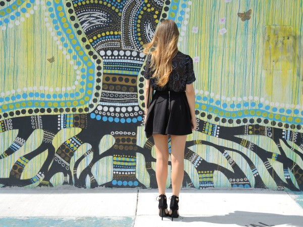 vintage beaded top, vintage beaded blouse, aquazzura lace up heels, aquazzura suede heels, justfab heels, wynwood street style, miami street style, miami fashion blogger, miami style blogger, street art wynwood