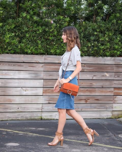 denim pencil skirt street style, denim pencil skirt, how to style denim pencil skirt